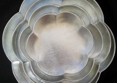 Galvanised Flower shape pans